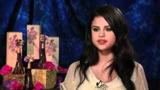 getlinkyoutube.com-Selena Gomez talks about Justin Bieber, perfume and living in the spotlight with Andrew Freund
