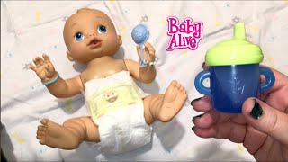 getlinkyoutube.com-Baby Alive Wets n Wiggles Boy Doll Sherlock Drinks Blueberry Juice and tries Joovy Car Seat