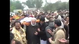 getlinkyoutube.com-Zakir Ghazanfar Abbas Gondal (Marhoom) ki Namaz-e-Janaza and Tadfeen Deowal Bhalwal