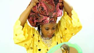 getlinkyoutube.com-HOW TO TIE GELE (AFRICAN HEAD SCARF) WITH DAMASK