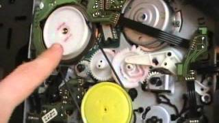 getlinkyoutube.com-Troubleshooting a Philips vcr - How to remove a stuck cassette
