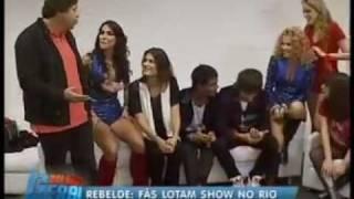getlinkyoutube.com-Fãs Lotam Show dos RebeldeS No Rio de Janeiro