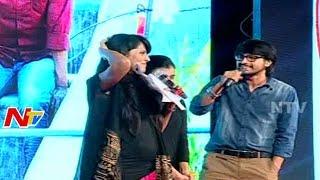 getlinkyoutube.com-Raj Tarun Satires on Anchor Anasuya At Kumari 21F Movie Platinum Disc Function