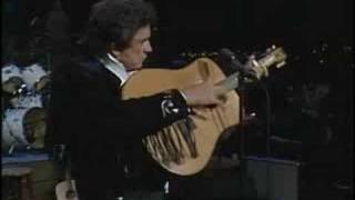 getlinkyoutube.com-Johnny Cash - Ghost Riders In The Sky (Live - 1987)