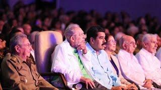 Fidel Castro reaparece en público en su 90.º cumpleaños
