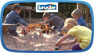 getlinkyoutube.com-bworld - die neue Serie von BRUDER