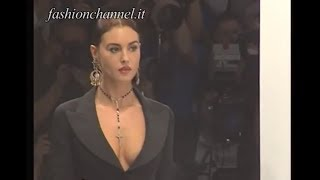 "getlinkyoutube.com-The Beauty Icon ""MONICA BELLUCCI"" modelling for DOLCE & GABBANA in 1995 by FashionChannel"