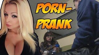 getlinkyoutube.com-Prank an meine Mutter | Porno mit Katja Krasavice!!!