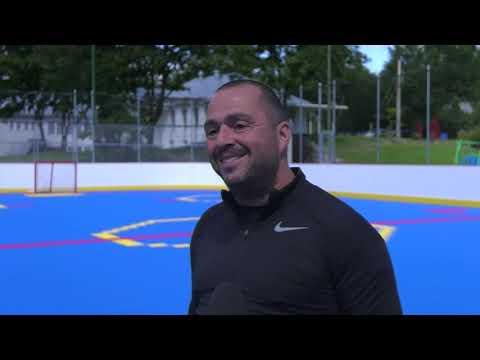 Une surface multisports des ligues majeures à Sainte-Pétronille
