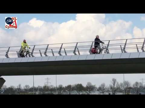 's-Hertogenbosch - Rosmalen Turbo Roundabout cycle overpass