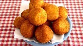 getlinkyoutube.com-Ricetta arancini o polpette con riso riciclato