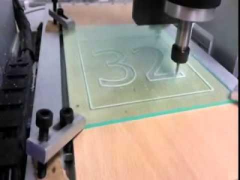 Grabado en Vidrio con Mini CNC XR400B
