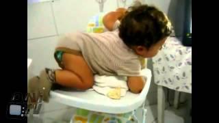 getlinkyoutube.com-niedliche, lustige und verrückte Babys