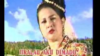 getlinkyoutube.com-Tak Mau Dimadu ~ Mansyue.S feat Elvy.S