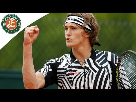 Robert v Zverev 2016 Roland-Garros Men`s Highlights/R2