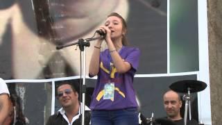getlinkyoutube.com-Célia Ould mohand chante Takfarinas -Irwihane -accapela