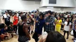 getlinkyoutube.com-LES TWINS x 2A freestyles Workshop - Brasilia   (Invictus Dance Team)