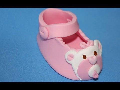 Zapato de bebé para tartas de fondant. Baby shoe cake topper