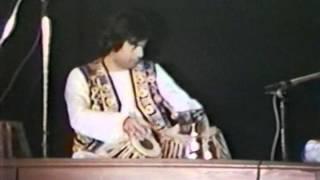 Mehdi Hassan / Tari Khan Live......Ranjish Hi Sahi (Part 2) width=