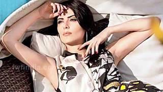 getlinkyoutube.com-OMG ! Bigg Boss 9 contestant Mandana Karimi's Hot LOVE MAKING scene?