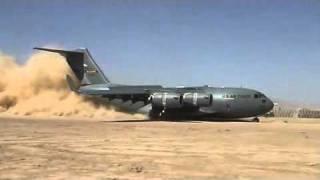 getlinkyoutube.com-C17 dusty Landing-فرود هواپیمای جالب سی هفده در باند خاکی