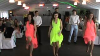 getlinkyoutube.com-Танец друзей на свадьбе !