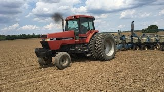 getlinkyoutube.com-Case International MAGNUM 7120 Tractor Planting Soybeans