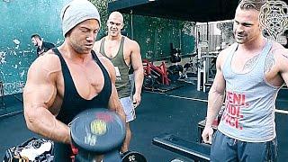 Bizeps zu Tode zerstört in der Bizeps Curls Challenge mit Tim Gabel - Game Over