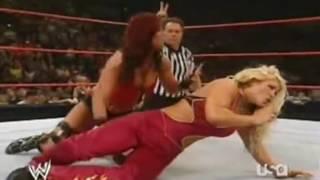 getlinkyoutube.com-WWE RAW 2006 -  Victoria w/Mickie James vs Beth Phoenix w/Trish Stratus