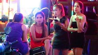 getlinkyoutube.com-Cambodia Nightlife 2016 - VLOG 96 (bars, clubs, girls)