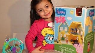 getlinkyoutube.com-Peppa pig gioco della grande casa di peppa e george toys