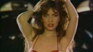 getlinkyoutube.com-Thalia - Maria Mercedes (Video Oficial)