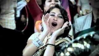 getlinkyoutube.com-Zee Rishtey Awards 2014 - Abhi & Pragya Performance
