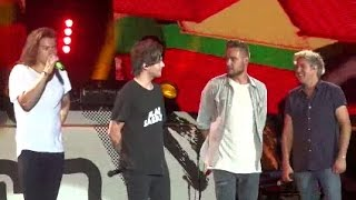 getlinkyoutube.com-One Direction OTRA tour Moments part.14 [Funny & Cute moments]
