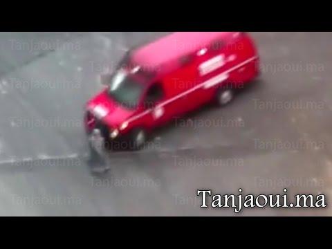 سيارة إسعاف تدهس امرأة بطنجة