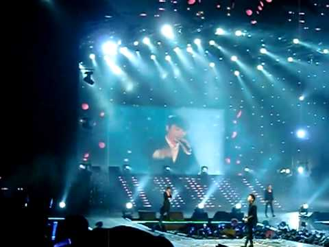 [CLOSE FANCAM] 111126 Marry U LIVE - Super Junior @ 2011 M Live in Kaohsiung