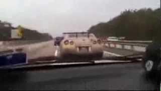 Subaru WRX Chases a Nissan GTR through Crazy Traffic... RIDICULOUS