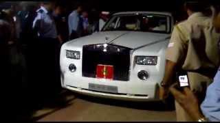 getlinkyoutube.com-Rolls Royce Phantom in trivandrum 2012