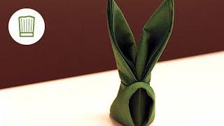 Servietten falten - Der Hase - Tischdeko für Ostern - Video-Faltanleitung #chefkoch
