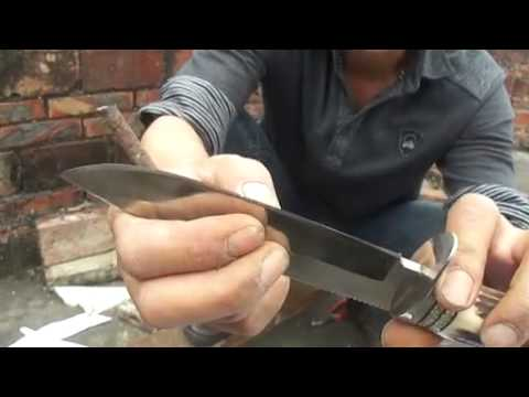 Damascus knife test