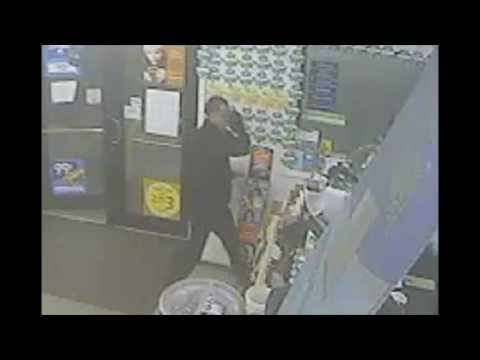 Robber can't get his mask on at convenience store holdup