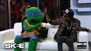 getlinkyoutube.com-Wiz smokes with Ninja Turtle on Live TV- Only on SKEE Live!