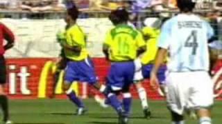 Gol de Messi   Argentina 2 - Brasil 1   Mundial Sub 20 2005