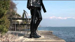 getlinkyoutube.com-Black Patent Crotch Thigh High Boots.mp4