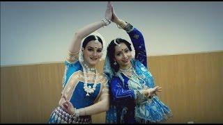 getlinkyoutube.com-Pinga | Bajirao Mastani | Kathak/Odissi | Svetlana Tulasi & Asya