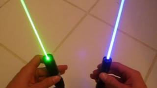 getlinkyoutube.com-Blue Lasers vs. Green Lasers: Which are Better?