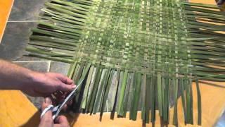 getlinkyoutube.com-How to Make a Woven Cattail Mat