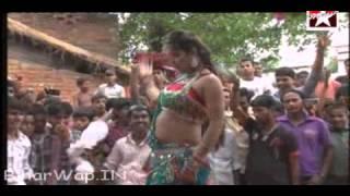 getlinkyoutube.com-Bhojpuri hot song nd dance