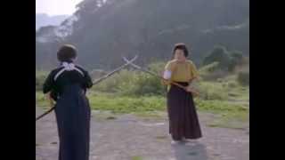 getlinkyoutube.com-Japanese women practicing naginata-jutsu