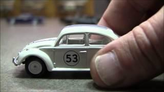 getlinkyoutube.com-Johnny Lightning Herbie the Love Bug : Let's Open Her Up!